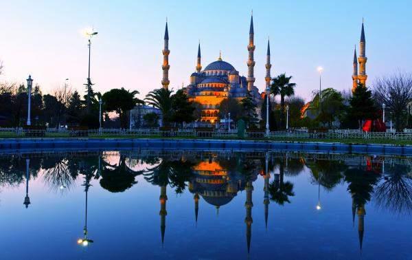ارتفاع عدد السياح الأجانب لتركيا بنسبة 24% في أربعة أشهر