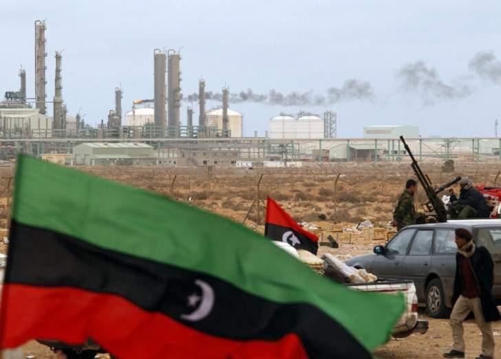 """إيرادات """"مؤسسة النفط الليبية"""" تهوي 69 % في شباط إلى 555 مليون دولار"""