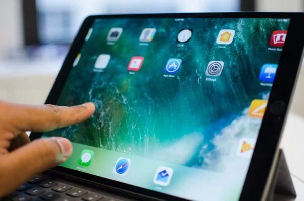"""كيف يمكنك تفعيل خدمة الإيقاف الإجباري لأجهزة """"iPad Pro""""؟"""