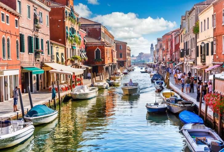 إقتصاد إيطاليا مرشح للنمو نتيجة صعود الأسواق المالية