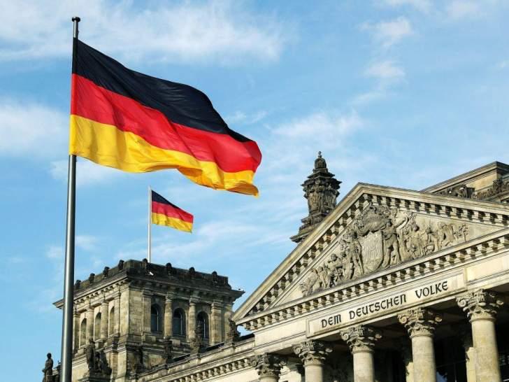ألمانيا تعتزم رفع حظر السفر إلى 31 دولة أوروبية