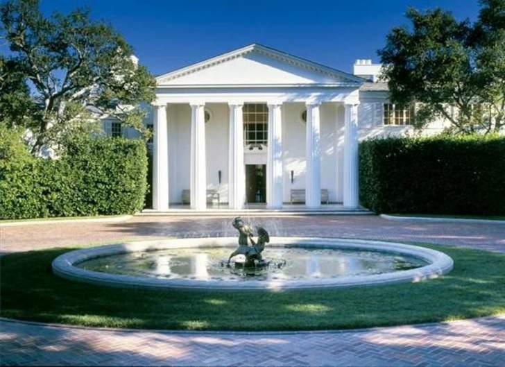 بيل غيتس يشتري قصراً جديداً في كاليفورنيا بـ165 مليون دولار