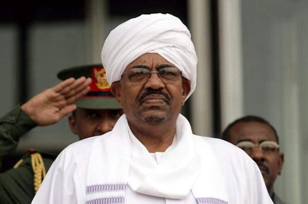 الرئيس السوداني: إجراءات إسعافية خلال أيام لحل الأزمة الاقتصادية نهائيا