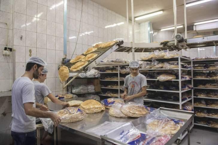 دياب يلتقي وزير الاقتصاد لبحث أزمة قطاع الأفران مع وفد نقابي