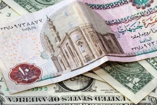 الدولار الاميركي يرتفع بنسبة 9.7% امام البيزو الأرجنتيني