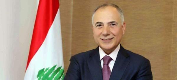 دبوسي يناشد السعودية إعادة النظر بقرار منع الفاكهة اللبنانية