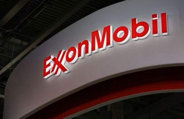 """سهم """"إكسون موبيل"""" يرتفع بنسبة 1.4% إلى 73.6 دولار"""