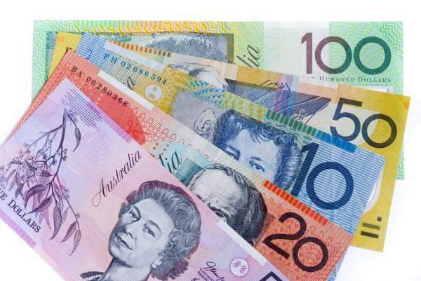 الدولار الأسترالي يهبط لأدنى مستوى في 3 أشهر بفعل ضعف بيانات صينية