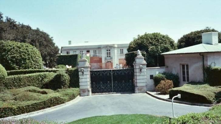 نجل روبرت مردوخ يشتري منزلاً بـ 150 مليون دولار!!