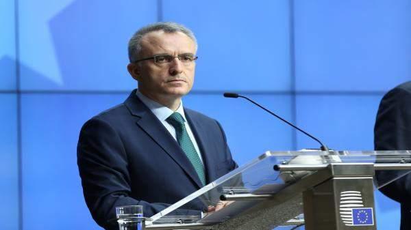 وزير المالية التركي: سنحمي البنوك من تبعات قضية ضراب