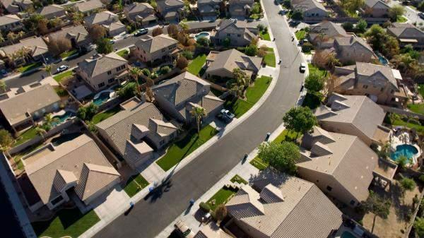 تراجع مبيعات المنازل الجديدة في اميركا إلى 607 ألف وحدة