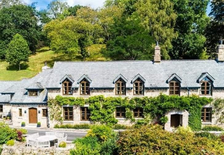 منزل في الريف للبيع بـ...!