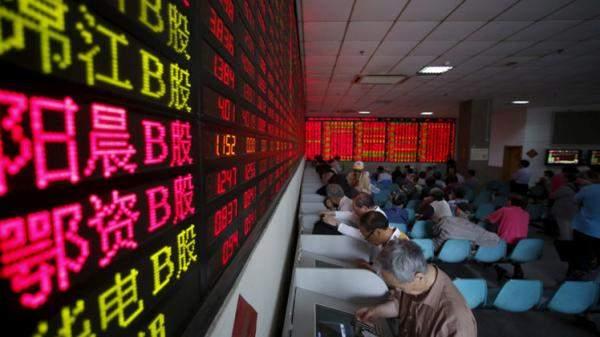 المؤشرات الصينية تتراجع مع تزايد الإصابة بالوباء