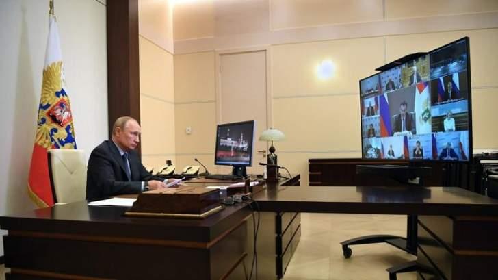 """بوتين يتوقع أن تبلغ مبيعات اللقاح الروسي ضد """"كورونا"""" نحو 100 مليار دولار سنوياً"""
