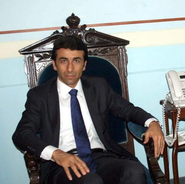 محافظ بيروت يصدر قراراً باقفال فرنين في الاشرفية