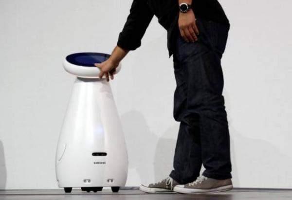 """CES 2019"":""سامسونغ"" تطرح روبوت للعناية بالمسنين"