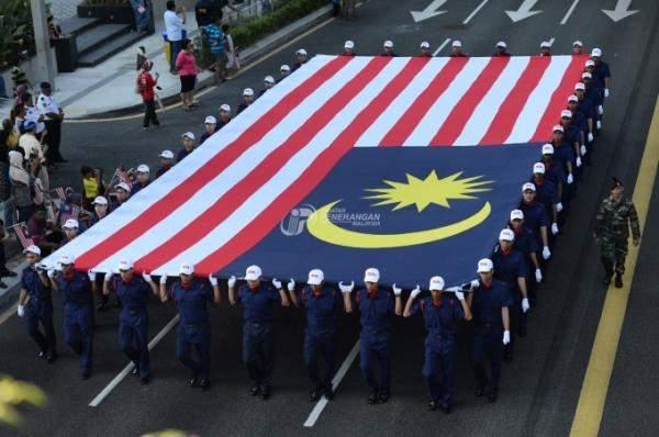 ماليزيا: نسعى لاسترداد مليارات الدولارات من دول عدة