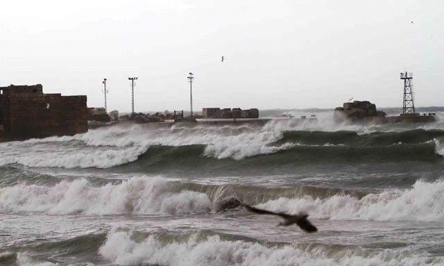 حركة الملاحة في مرفأ صيدا تتراجع والصيادون يلازمون بيوتهم