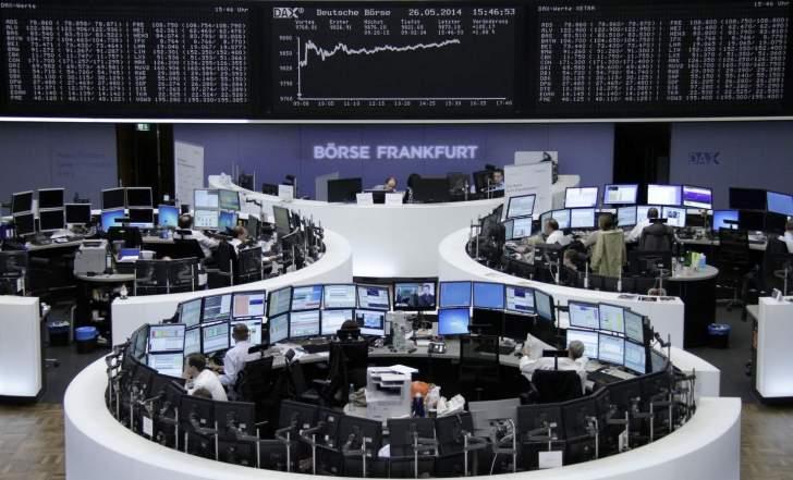 تراجع جماعي لمؤشرات الأسهم الأوروبية مع تصاعد عمليات بيع سندات