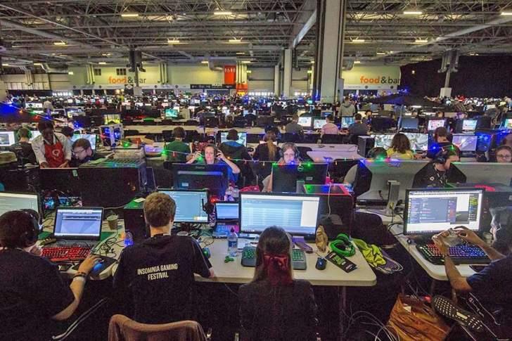 """ما هو مهرجان """"Insomnia"""" البريطاني للألعاب القادم إلى دبي؟"""