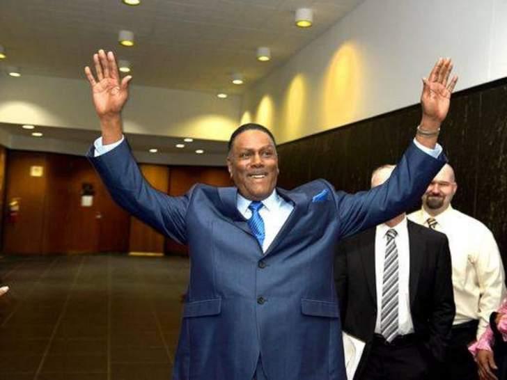 أمضى 45 عاما في السجن وحصل على 1.5 مليون دولار بعد خروجه!