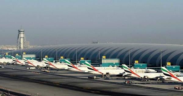 """هيئة الطيران المدني بالامارات تحظر تشغيل طائرات """"بوينغ 737 ماكس"""""""