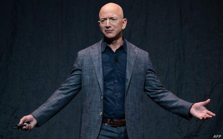 """""""بيزوس"""" يستعيد لقب أغنى شخصية في العالم بفارق مليار دولار عن """"ماسك"""""""