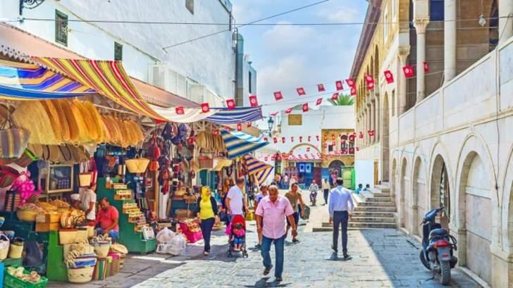 مكتب الإحصاء الحكومي: التضخم في تونس يرتفع إلى 5.7% في حزيران