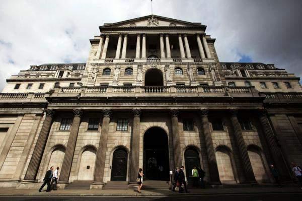 بنك إنكلترا يثبت الفائدة ومشتريات الأصول دون تغيير