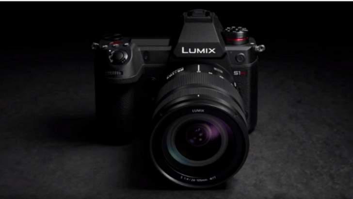 """""""باناسونيك"""" تطلق أول كاميرا رقمية تصور بدقة """"6K"""""""