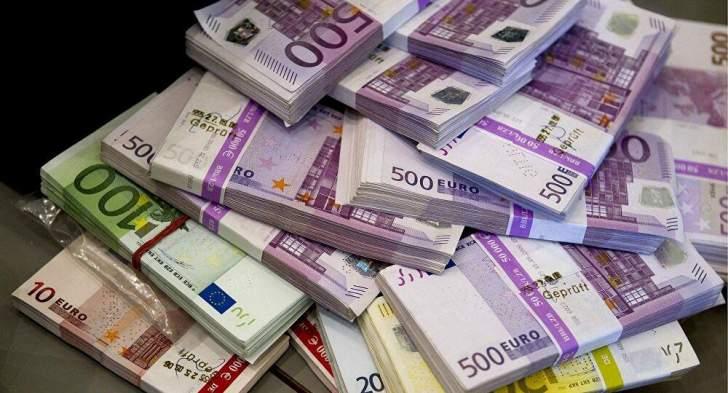 """مصادرة مليون يورو في المطار وشبهات بـ """"تبييض الأموال"""""""