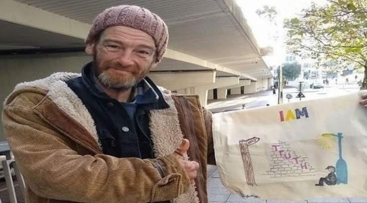 200 حقيبة غيّرت حياةهذا المشرّد رأساً على عقب!