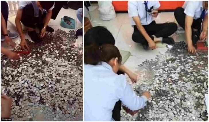 """بالصور: اشترت سيارة """"فولكس فاغن"""" مقابل 66 كيساً من العملات المعدنية!"""