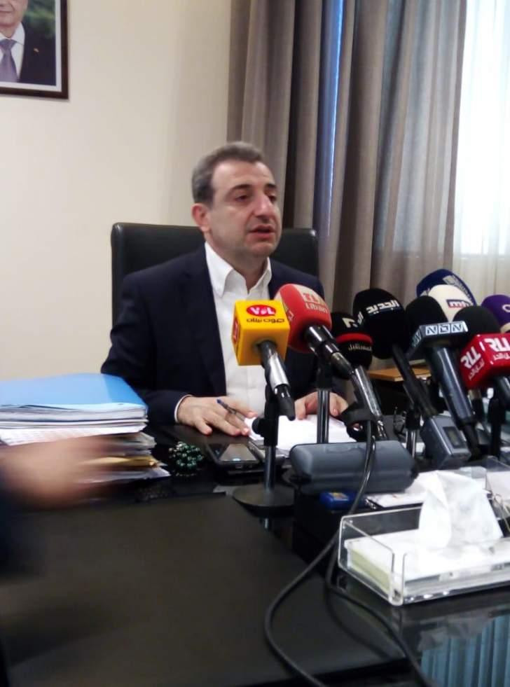 أبو فاعور: من بين 63 مصنعاً تبين التزام 49...الآخرون لم يلتزموا وكأن الدولة غير موجودة