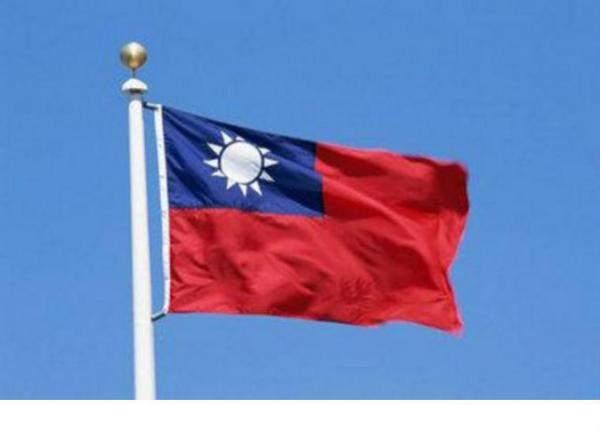 """تايوان تحظر بيع 3 أنواع من هواتف """"هواوي"""" الذكية"""