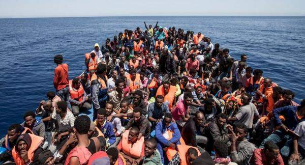 آلاف المهاجرين من أمريكا الوسطى في طريقهم الى الولايات المتحدة بعد خطاب الإدارة الأمريكية الجديدة