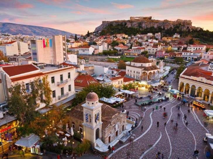 اليونان تقرر فتح أبوابها للسياح الأجانب من 29 دولة اعتبارا من منتصف حزيران