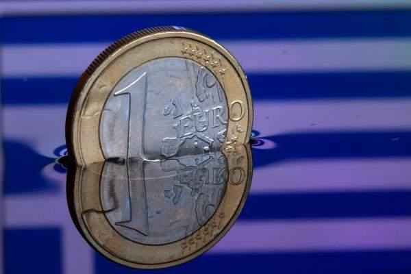 زوج اليورو يرتفع إلى مستويات 1.1578 دولار