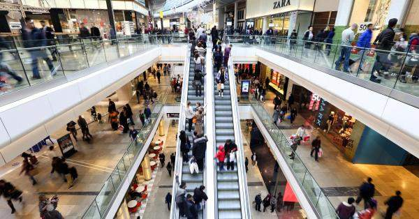 إرتفاع مبيعات التجزئة البريطانية بأكثر من المتوقع خلال آذار