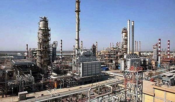 ايران تبني مصفاة نفط جديدة