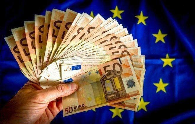 فائض ميزان المعاملات الجارية في منطقة اليورو ينكمش في تموز