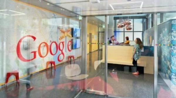 """""""غوغل"""" تطلق نسخة مخففة من """"آندرويد"""" للهواتف"""