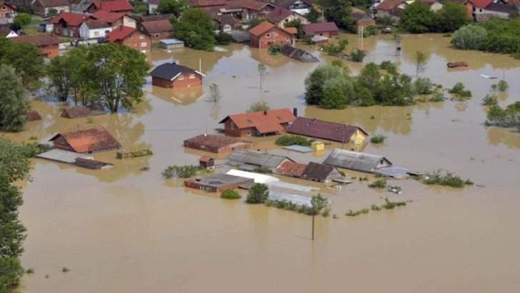 علماء يطورون نظاما للتحذير من الفيضانات باستخدام كاميرات المرور