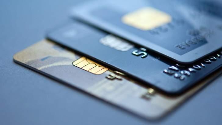 بطاقات مصرفية مزوّرة لحجز رحلات سياحية