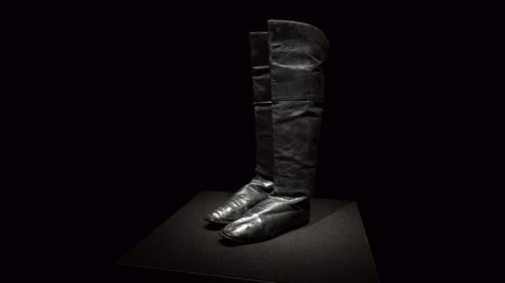 80 ألف يورو .. قيمة حذاء نابليون في مزاد علني في باريس