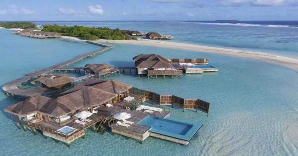 50 ألف دولار ثمن ليلة تحت الماء في فيلا في جزر المالديف!