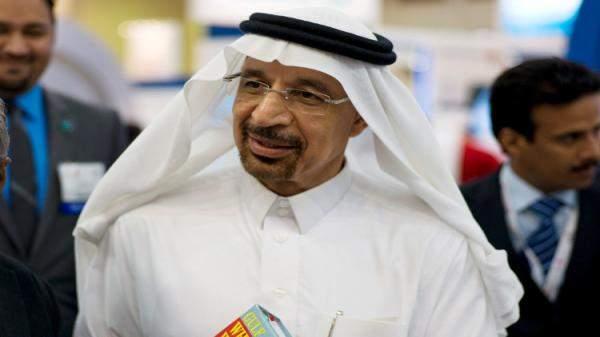 الفالح: تمديد اتفاق روسيا والسعودية لخفض إنتاج النفط سيسهم في توازن الأسواق