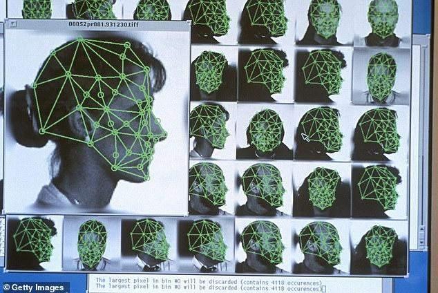 """شرطة واشنطن تستخدم برنامج """"أمازون"""" للتعرف على الوجه فيرسومات المشتبه بهم"""