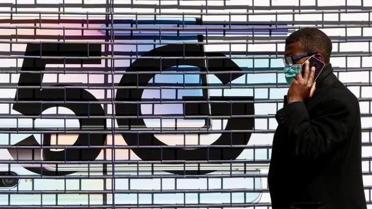 معارضو 5G في فرنسا يحرمون 1.5 مليون فرنسي من الاتصالات