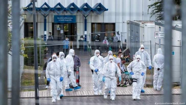 """إصابات """"كورونا"""" العالمية تتجاوز 137.82 مليون والوفيات 3.1 مليون"""